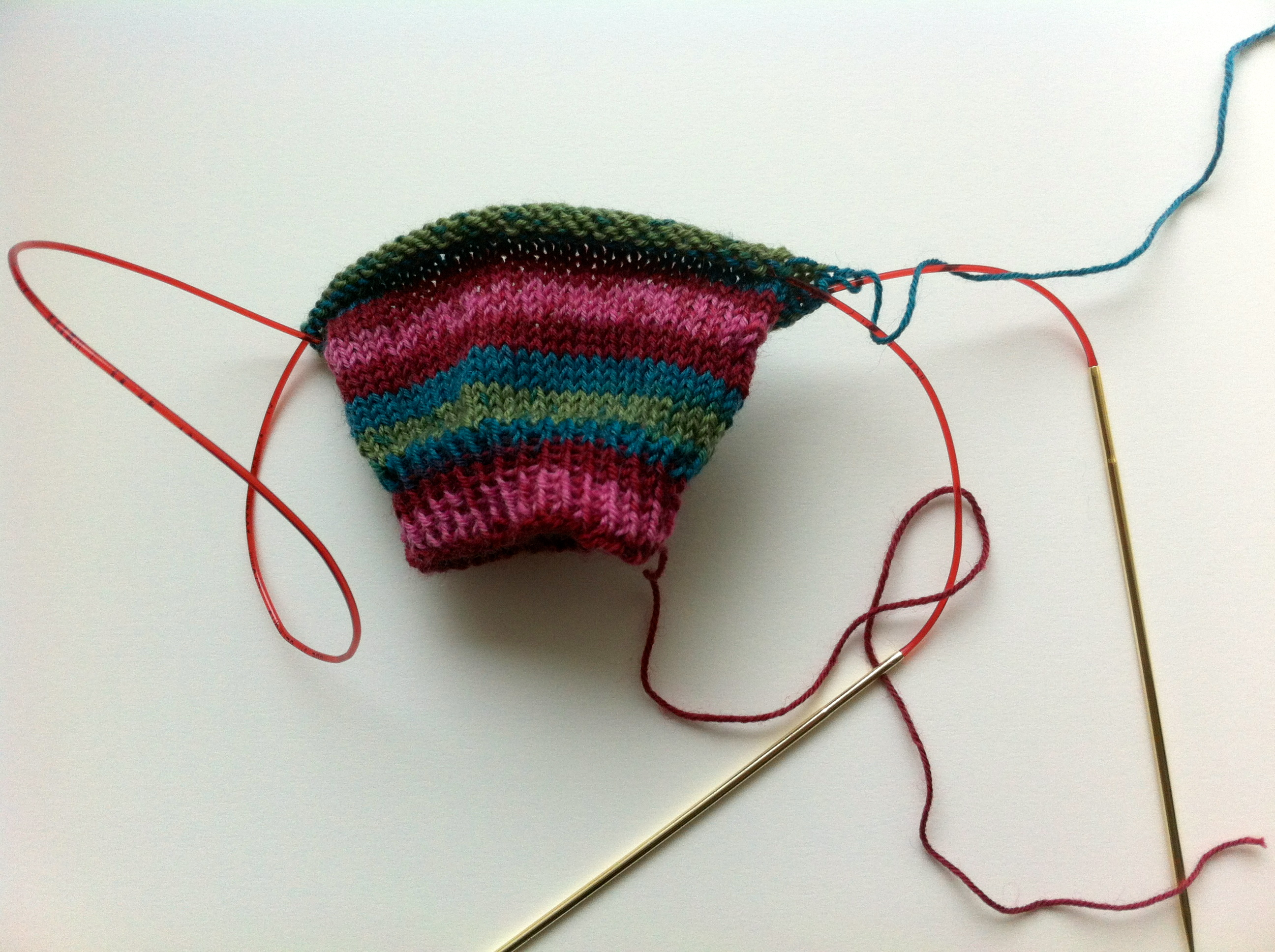 magic loop Knitsamadworld